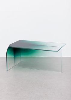 Présenté en fin d'année dernière pour son projet Shaping Colour (pour retrouver l'article, cliquez ici), le designer letton basé à Amsterdam, Germans Ermič