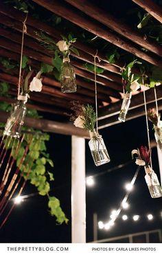 Hanging Glass Bottle Vases as Wedding Decor Diy Wedding Day, Diy Wedding Projects, Wedding Bells, Garden Wedding, Dream Wedding, Wedding Things, Wedding Ideas, Bottle Vase, Glass Bottle