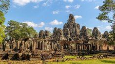 Toàn cảnh đền Bayon ở Angkor Thom