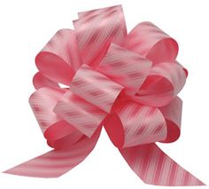 I Like Big Bows: How to make POM POM BOWS for Christmas wreath - Easy way to make a bow. good video to show how to make them. Gift Wrapping Bows, Gift Bows, Cheap Ribbon, Ribbon Bows, Ribbons, Wreath Bows, Green Ribbon, Ribbon Crafts, Diy Crafts