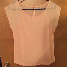 American eagle mesh top Hardly worn, button back! With mesh shoulders and back American Eagle Outfitters Tops Tees - Short Sleeve