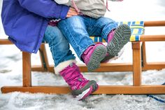 ... Oh what fun it is to right on one horse open sleigh ... especially if you're warm and cozy! #superfit #shoes #winter