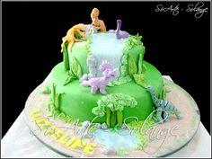 Decorated Cake - Dinosaurs