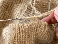 Guide, Fingerless Gloves, Arm Warmers, Knitting, Sweater, Tips, Jacket, Threading, Fingerless Mitts