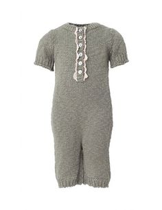 Visit the official Noa Noa shop – feminine Scandinavian clothing for women, children and babies. Little Ones, Little Girls, Cute Baby Clothes, Clothes For Women, Baby Girl One Pieces, Green Cotton, Baby Girls, Cute Babies, Feminine