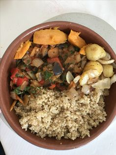 Lunch time. Just made quinoa ( I can bag up & freeze for future use), then lots of chopped aubergine, tomato, fresh garlic, 2 onions, peppers - all cooked to my secret recipe of course including spices