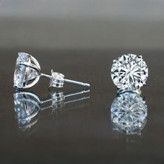4 CT TW (8mm), round low basket setting simulated diamond- Diamond Veneer, solitaire studs post earrings set in sterling silver, platinum electroplated.