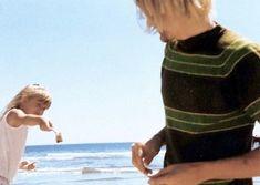Nirvana Band, Nirvana Kurt Cobain, Kurt Cobain Photos, Kurt And Courtney, Donald Cobain, French Man, Heavy Metal Music, Blink 182, Rare Pictures