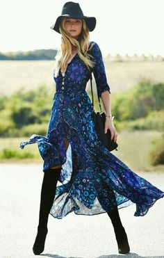 "Boho Maxi Dress Navy Blue Floral ""Kiss The Sky"" Long Flowing Summer Gown Button Front Long Slit Sleeves Royal Blue Turquoise Lavender Print Small Medium Large Or Extra Large ✨ 🌸 🌹 ᘡℓvᘠ❤ﻸ Gypsy Fashion, Look Fashion, Autumn Fashion, Fashion Images, Fashion Rings, Trendy Fashion, High Fashion, Fashion Ideas, Gypsy Style"