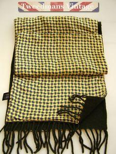 aa315711792e 19 meilleures images du tableau Scarf   Mens silk scarves, Scarves ...