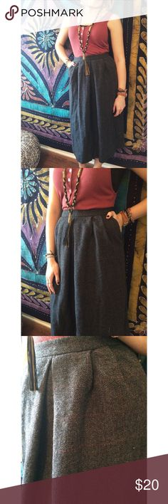 """[Rostell] High Waisted Wool Skirt VINTAGE! High quality! Dry clean only. Light plaid pattern. Has pockets! Super comfortable and perfect for this cooler weather. Stay professional in this beautiful maxi skirt! Made with Wool. Brand by Rostell in Macon, Georgia. Zips in the back. Length: 30"""". Waist laying flat: 11.5"""". Hips laying flat: 16"""". Says size 8, but fits like a 4. *skirt doesn't fit my model so that explains the last pic* Ask questions. OFFERS WELCOME! Vintage Skirts Maxi"""
