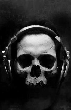 skull. Zippertravel.com Digital Edition