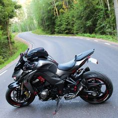 Kawasaki Robo - I Love Motorrad Moto Bike, Motorcycle Bike, Super Bikes, Kawasaki Motorcycles, Cars And Motorcycles, Z 1000, Biker Gear, Custom Bikes, Custom Street Bikes