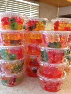 to Make Rummy Bears These are great for a party to go along with Jello Shots! See our Jell-O shot guide for tips on making those!These are great for a party to go along with Jello Shots! See our Jell-O shot guide for tips on making those! Summer Drinks, Cocktail Drinks, Fun Drinks, Cocktail Recipes, Alcoholic Drinks, Summer Jello Shots, Fireball Jello Shots, Strawberry Jello Shots, Mango Cocktail