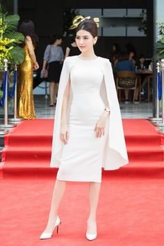 Cape attaches to shoulders Korean Fashion Dress, Modest Fashion, Fashion Dresses, Cape Dress, Dress Up, Elegant Dresses, Beautiful Dresses, Short Dresses, Formal Dresses