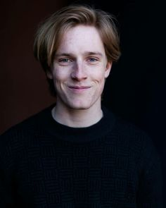 Louis Hofmann, Beautiful Men, Beautiful People, Wattpad, Ideal Man, World Cultures, Cute Guys, Fangirl, Dark