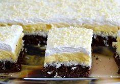 Krispie Treats, Rice Krispies, Vanilla Cake, Cheesecake, Food And Drink, Ethnic Recipes, Hello Kitty, Pergola, Kitchen