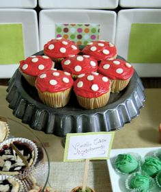 super mario brothers theme cupcakes toadstool - Google Search