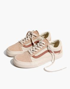 x Vans® Unisex Old Skool Lace-Up Sneakers in Camel Colorblock Madewell Damen X Vans Unisex Old Skool Schnürschuhe In Camel Colorblock Lace Up Shoes, Cute Shoes, Me Too Shoes, Cool Vans Shoes, Jeans Et T-shirt, Shoes 2018, Basket Mode, Birkenstocks, Unisex