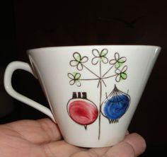 Rorstrand Sweden cup Picknick Marianne Westman from 1950 Swedish Dishes, Keramik Design, Scandinavia Design, Atomic Ranch, Swedish Design, Vintage Pottery, Vintage Textiles, Ceramic Artists, Designing Women