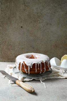 ... lemon poppy seed pound cake ...