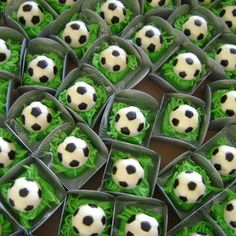 Soccer Birthday Parties, Birthday Party Decorations, Cookie Decorating, Cake Pops, Sushi, Pudding, Chocolate, Ethnic Recipes, Desserts