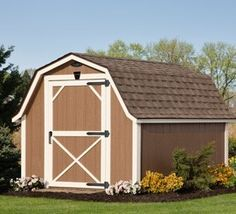 There is nothing better in Texas than our custom storage sheds to take care of your storage needs! Our sheds not only look the best, but they have the greatest quality in craftsmanship as well. We are driven to build quality and beauty into our workmanship.