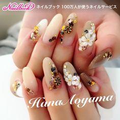 秋のカラーでグラデーションスカルプ Instagramもチェックお願いします♪ #HanaAoyama #ショート #グレージュ #ブラウン #ベージュ #ホワイト #グラデーション #3D #フラワー #ハンド #オフィス #デート #パーティー #秋 #スカルプチュア #お客様 #HanaAoyama #ネイルブック