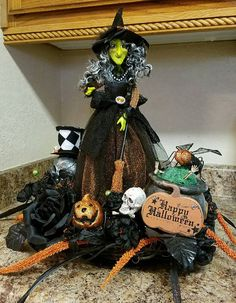 Happy Halloween Centerpiece Witch Centerpiece by SouthTXCreations