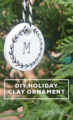 Using air-dry clay ornaments and a few materials found in your kitchen, you can make simple, graphic and unique ornaments this Holiday Season with your kids Diy Air Dry Clay, Diy Clay, Clay Ornaments, Christmas Ornaments, Holiday Crafts, Holiday Decor, Christmas Love, Creative Ideas, Make It Simple