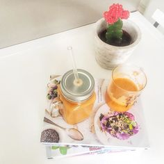 #colorful #smile #rawfood # Halloween # Juice #superfoodguru # reading # cookbooks