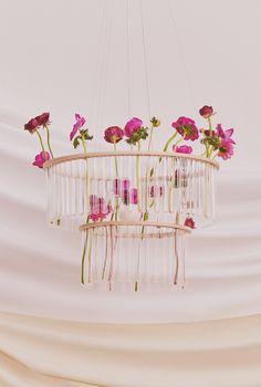 Accueil Living Category Winner: Etsy Design Awards 2020 | Etsy Le Double, Double Glass, Flower Vases, Flower Arrangements, Flowers, Nobel Prize In Chemistry, Luminaire Design, Ceiling Rose, 2020 Design