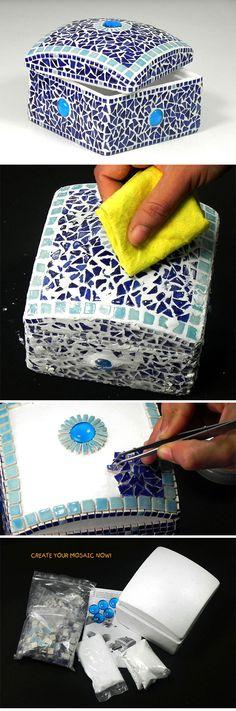 Mosaic Blue Photo Frame - Mosaik Bilderrahmen - Mosaique Cadre de Photo - Ceramic Mini Bits Tiles & Glass Nuggest - Kit Craft Alea Mosaik