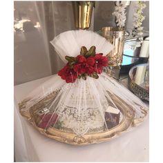 Indian Wedding Gifts, Creative Wedding Gifts, Creative Gift Wrapping, Indian Wedding Decorations, Gifts For Wedding Party, Wedding Cards, Bling Wedding, Wedding Prep, Wedding Ideas