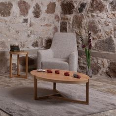 http://www.vivalagoon.com/4250-19491-thickbox_default/brentwood-round-oak-coffee-table.jpg