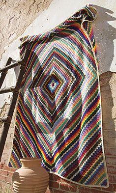 Eye Dazzler Afghan: free crochet pattern ༺✿ƬⱤღ https://www.pinterest.com/teretegui/✿༻