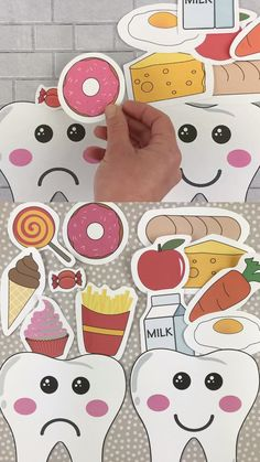 Happy tooth sad tooth food sorting activity game for preschool, kindergarten and older kids. Learn about dental health with this tooth craft for preschoolers.