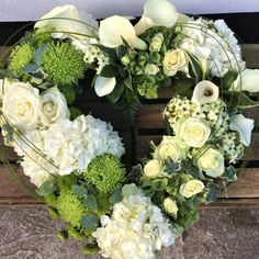 Casket Flowers, Grave Flowers, Cemetery Flowers, Funeral Floral Arrangements, Creative Flower Arrangements, Flower Centerpieces, Flowers For Funeral, Church Flowers, Condolence Flowers