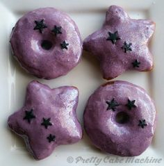 Recipe: (Steven Universe Dessert Series, Pt. 3) Amethyst's Purple Berry Donuts | Pretty Cake Machine