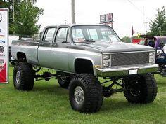 4x4 Chevy Crew Cab, gotta love country girls