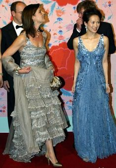 Carolina do Monaco. Princesa Alexandra, Princesa Charlene, Royal Brides, Royal Weddings, Ernst August, Monaco Royal Family, Queen Dress, Glamour, Royal Fashion
