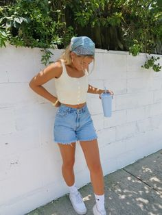 Trendy Summer Outfits, Cute Casual Outfits, Spring Outfits, Summer Shorts Outfits, Short Outfits, Teen Fashion Outfits, Mode Outfits, Mode Hipster, Looks Instagram
