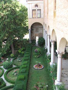 The Abby - Padova Italy