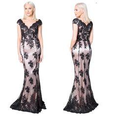 270eaf89b22299 18 verrukkelijke afbeeldingen over Galajurk - Ballroom gowns ...