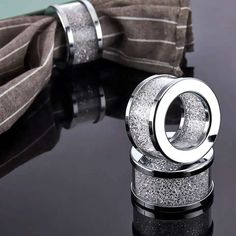 Round Crystal Diamond Napkin Ring Holder For Event Decoration - Buy Crystal Diamond Napkin Holder,Wedding Napkin Holder,Napkin Ring Holder Product on Alibaba.com Crystal Pen, Crystal Diamond, Crystal Gifts, Nice Gifts, Best Gifts, Makeup Brush Holders, Buy Crystals, Wedding Napkins, Leather Notebook