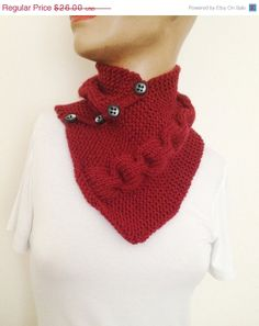 ON SALE Burgundy neckwarmers with button, Chunky Scarf , scarves, fall fashion, winter accessories, autumn, Knitting
