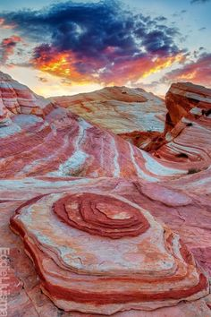 valley of fire state park photography valley of fire state park . valley of fire state park photography . valley of fire state park wedding . valley of fire state park pink canyon . valley of fire state park hiking . valley of fire state park photoshoot Valley Of Fire State Park, Places Around The World, Oh The Places You'll Go, Places To Travel, All Nature, Amazing Nature, State Parks, Parcs, Natural Wonders