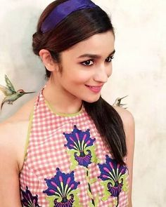 Alia Bhatt Wallpapers - Hot Wallpapers, Best Wallpaper, Sizzling Wallpapers and HD images for Desktop, Mobile and Tablets. Aalia Bhatt, Alia Bhatt Cute, Alia And Varun, Indian Bollywood Actress, Bollywood Fashion, Indian Star, Artists For Kids, Celebrity Wallpapers, Beautiful Person