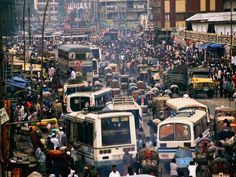 This is a perfect picture of what downtown Dhaka is like in Bangladesh