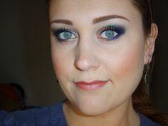 """Résultat de recherche d'images pour """"mascara bleu marine bleu nuit sur yeux bleus"""""""
